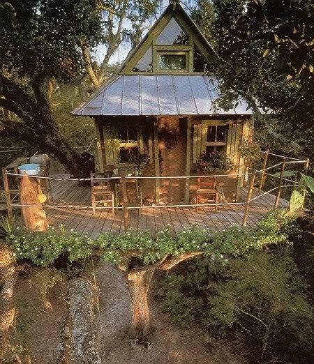 Tree House with Balcony, Fall City, Washington