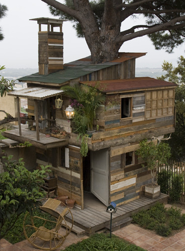 Coastal Treehouse, France
