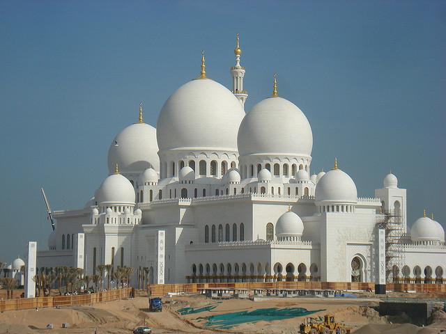 by fabio.apc on Flickr.Sheikh Zayed Bin Sultn Al Nahyan Mosque - Abu Dhabi, UAE.