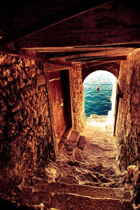Passage to the Sea, Isle of Crete, Greece