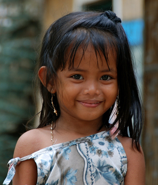 Young faces of the world - child from Malapascua, Philippines