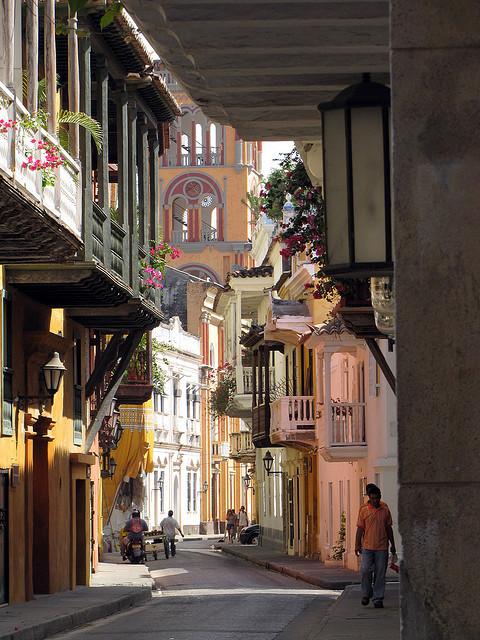 Calles La Estrella in Cartagena, Colombia