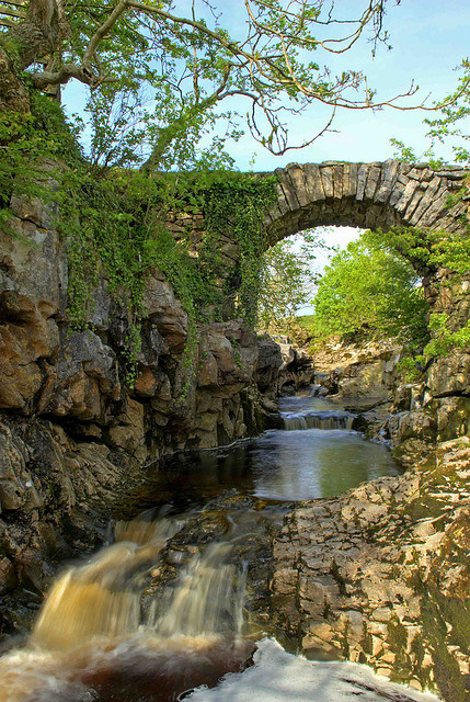 Packhorse Bridge in Yorkshire Dales, England