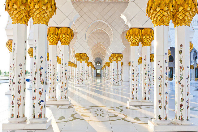 Beautiful pillars of the Grand Mosque in Abu Dhabi, United Arab Emirates
