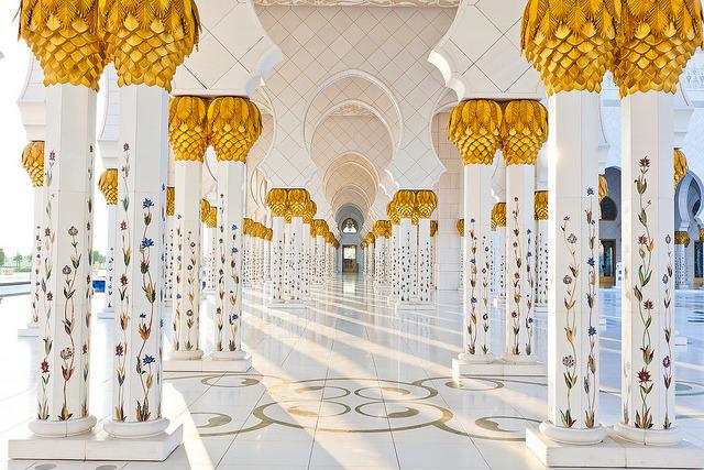 Beautiful pillars of the Grand Mosque in Abu Dhabi, United Arab Emirates