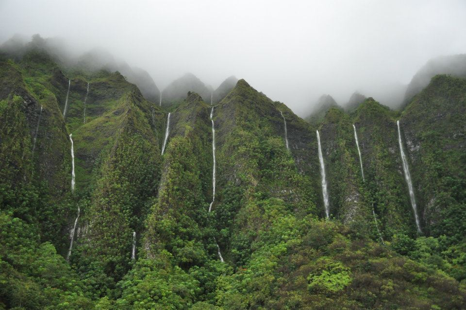 Land of a thousand waterfalls, Ko'olau Waterfalls in Oahu Island, Hawaii