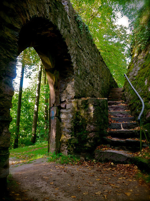 Medieval Castle Gate, Herbst, Germany
