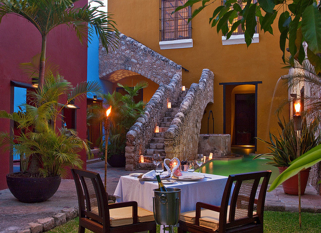 Romantic dinner at Hacienda Puerta in Campeche, Mexico