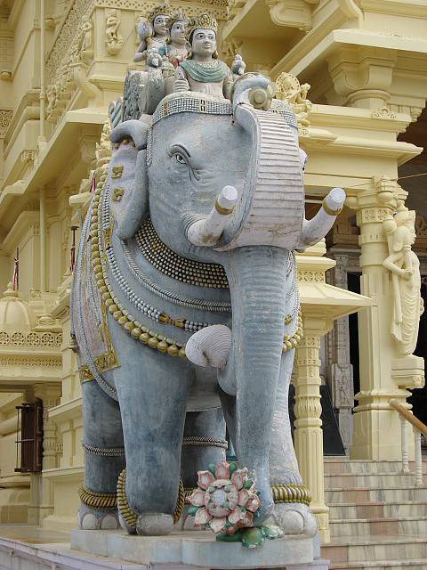 Welcome statue of an elephant at one of the jain temples in Palitana, Gujarat, India