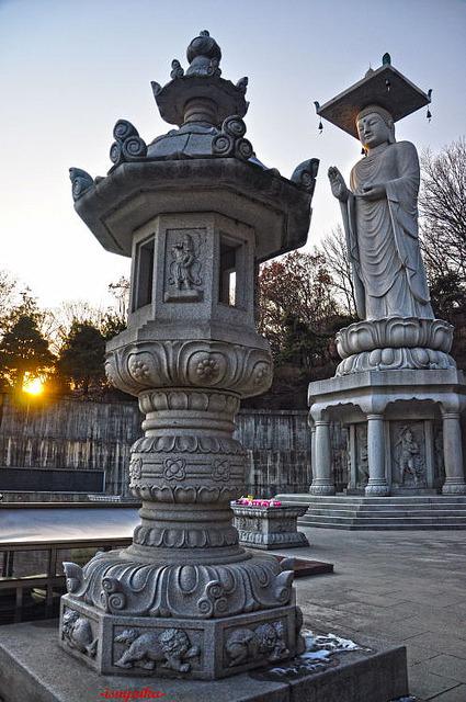 Largest buddha statue in South Korea, Bongeunsa Temple, Seoul