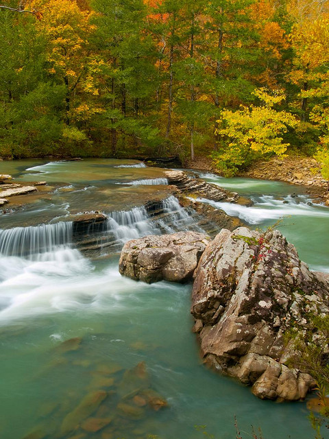 Six Fingers Falls in Ozark National Forest, northern Arkansas, USA