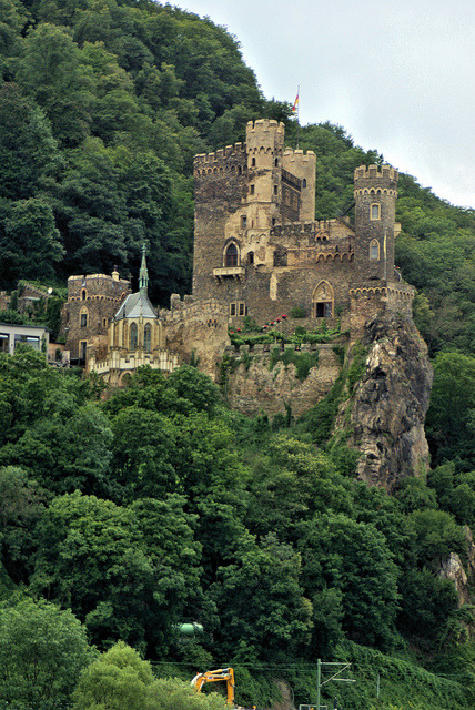 Medieval fortifications along the Rhine river, Burg Rheinstein, Germany